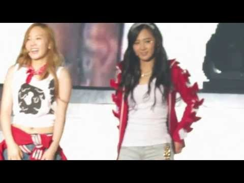 [Fancams] 130526 SNSD at 2013 Happy 4 KPOP Concert in Taiwan