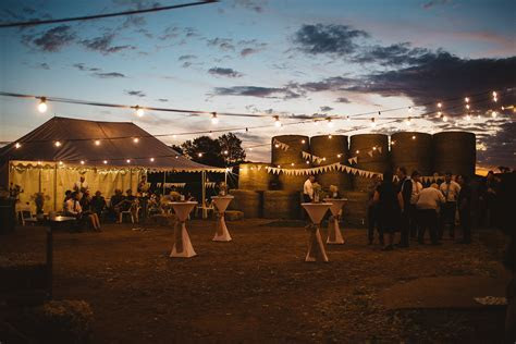 Australian Shearing Shed Wedding   Wee Waa NSW