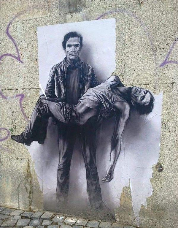 Pieta Per Ppp Sui Muri Di Roma Con La Street Art Di Pignon Centro