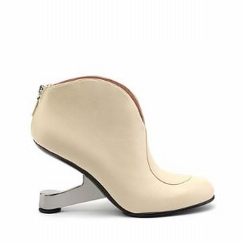 Eamz Collar Boot01.jpg