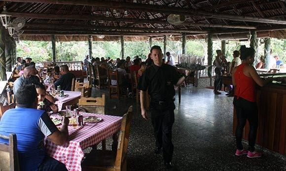Restaurante el Pellizco, ubicado al sur de La Habana. Foto: José Raúl Concepción/ Cubadebate.