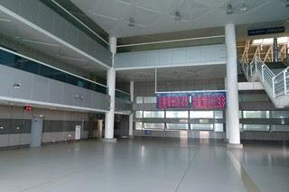 新烏日站一樓大廳