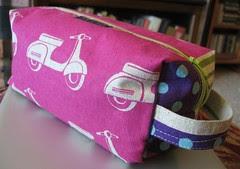 Splityarn box bag