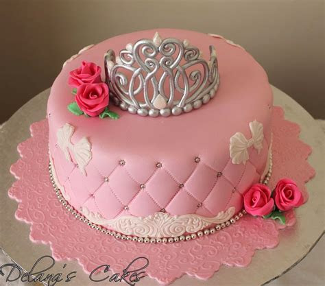 Delana's Cakes: Princess Crown Cake
