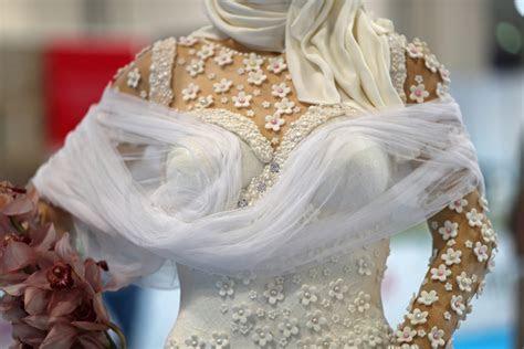 Million Dollar Bride: Life size chocolate and diamond