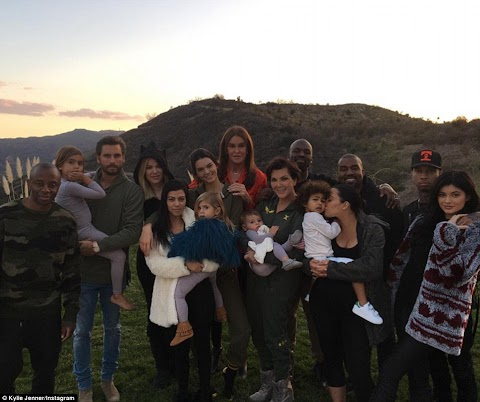 A family that slays together ,stays together, Caitlyn Jenner and Scott Disick join the Kardashians for Thanksgiving dinner .