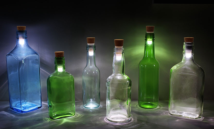 Rechargeable-USB-LED-Bottle-Light-Suck-UK-1