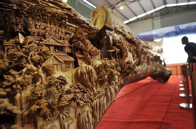 longest_wooden_carving_masterpiece_2