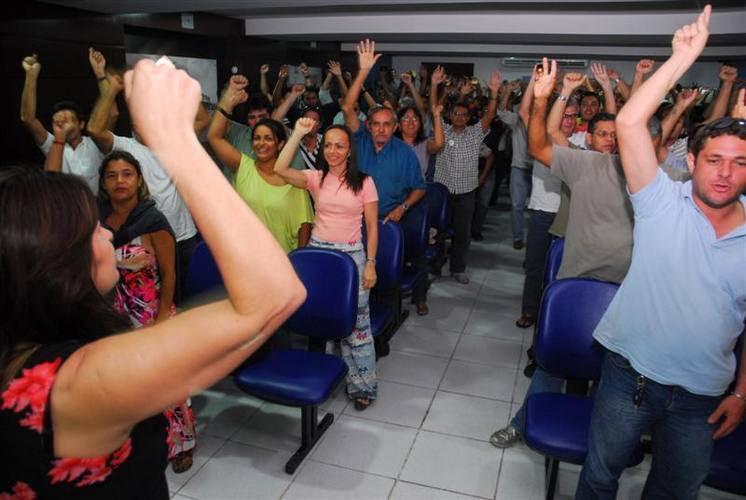 Policiais civis aprovam por unanimidade o início da greve por tempo indeterminado