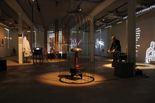 Now with Tesla Coil and beautiful cage by geekphysical