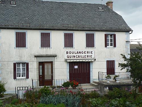boulangerie quincaillerie.jpg