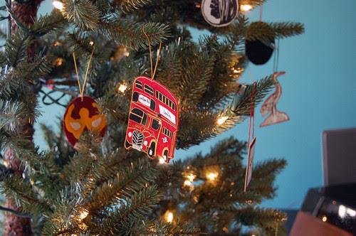 london bus, tree