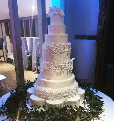 Top 5   2018 Wedding Cake Trends ? Engage Weddings