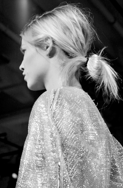 HAIR INSPIRATION BUNS TOP KNOTS BRAIDS MESSY TOUSLED PONYTAILS WRAP OMBRE BACKSTAGE HAIR RUNWAY IDEAS CALVIN KLEIN 6