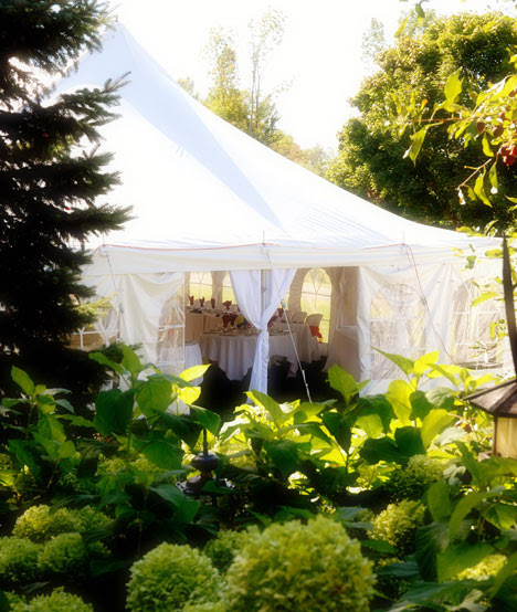 Simple Outdoor Wedding Reception Ideas: Sherisse's Blog: Carrieunderwoods Wedding Reception Ask A