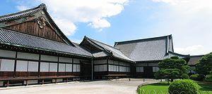 http://upload.wikimedia.org/wikipedia/commons/thumb/4/4e/Nijo_Castle.jpg/300px-Nijo_Castle.jpg