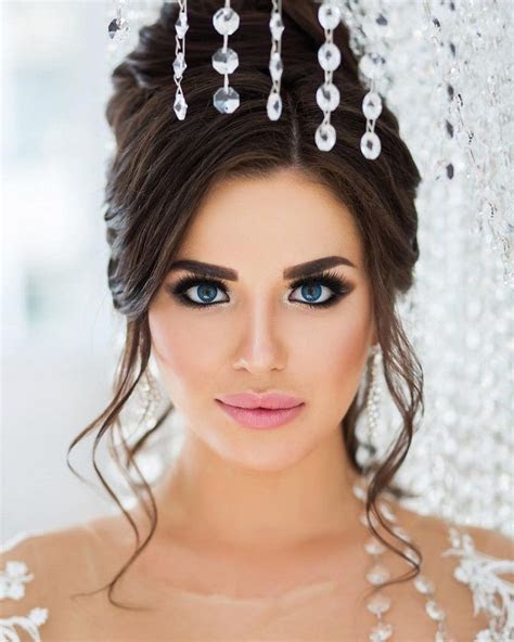 The Perfect Bridal Makeup for Your Wedding Day   Wedding
