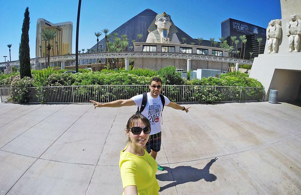 A pirâmide do hotel Luxor em detalhe, em Las Vegas, Nevada