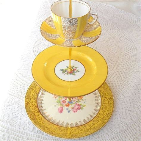 17 Best images about Cake stands on Pinterest   Vintage