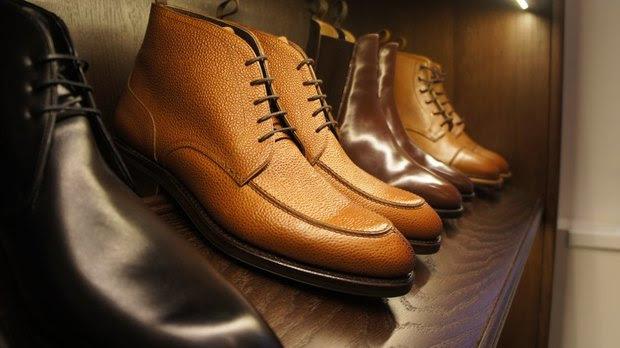 На Марата открылся магазин мужской обуви ручной работы. Изображение №4.