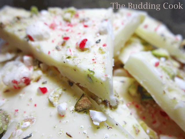 White choc-peppermint-pista bark1