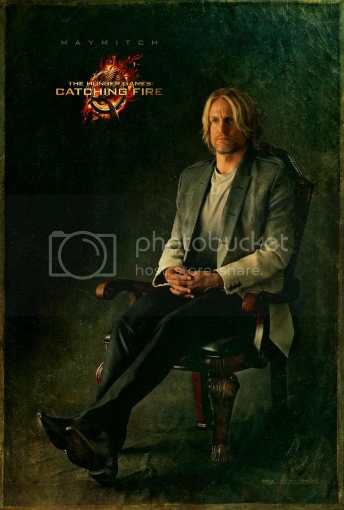 http://i785.photobucket.com/albums/yy139/TheHobOrgNews/Catching%20Fire%20Movie/Catching-Fire-capitol-portrait_Haymitch_zpse076a56a.jpg