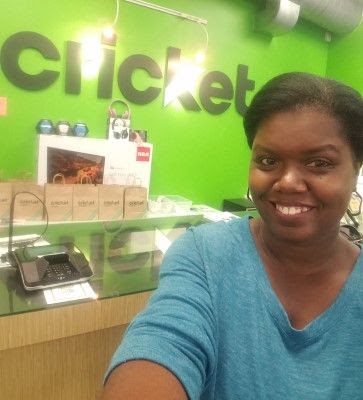 WWE Dolph Ziggler Live Chat in Cricket Wireless Store