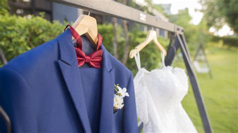 How to Get the Best Wedding Dress Dry Cleaning Service?