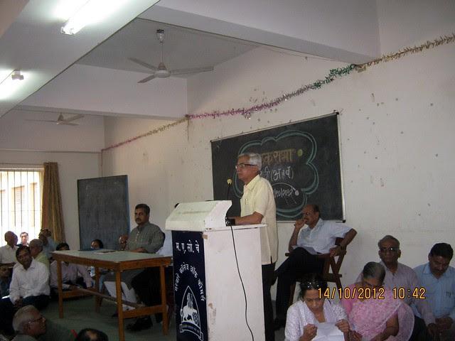 Suryakant Pathak - President - Akhil Bharatiya Grahak Panchayat - at an awareness programme about paying Maharashtra Value Added Tax (MVAT) to builders before October 31 deadline.