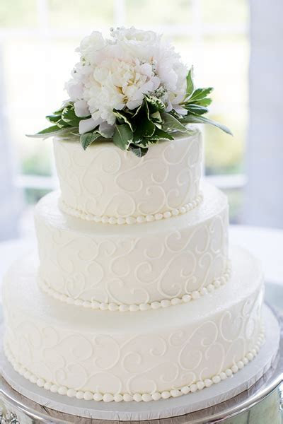 Wedding Cakes :: Incredible Edibles Bakery