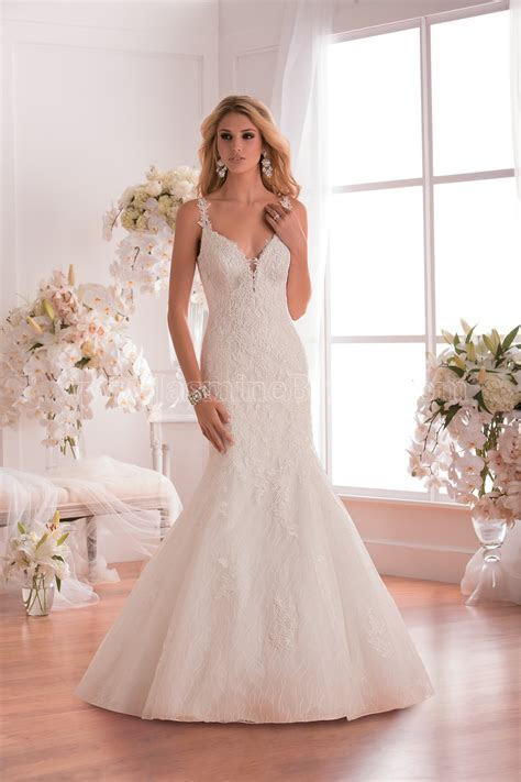 F171005 V neck Lace & Tulle Fit & Flare Wedding Dress