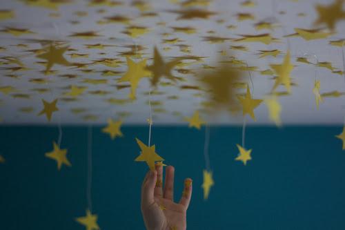 Aquele que crê, pode alcançar as estrelas.  —————————————————————————