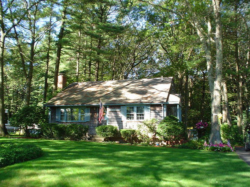 House in Bridgewater by midgefrazel