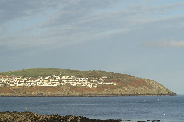 File:Onchan Head - geograph.org.uk - 78970.jpg