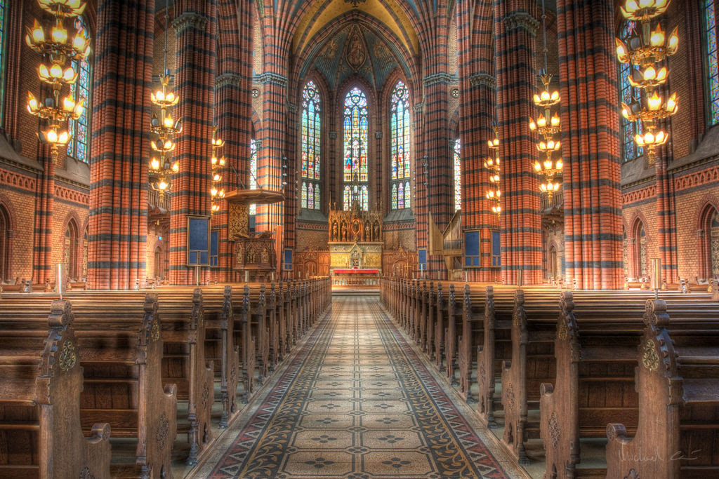 Beautiful old church interior (3747225510).jpg