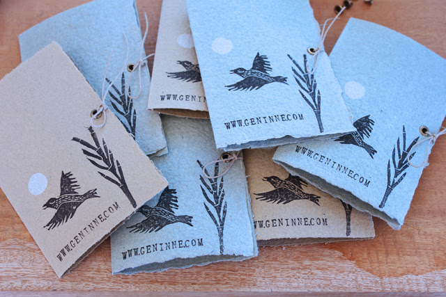 Brooches Packaging