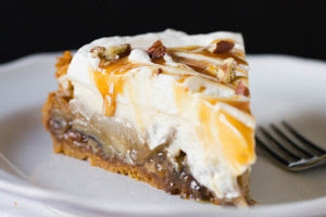 Carmel Apple Cheesecake Pie