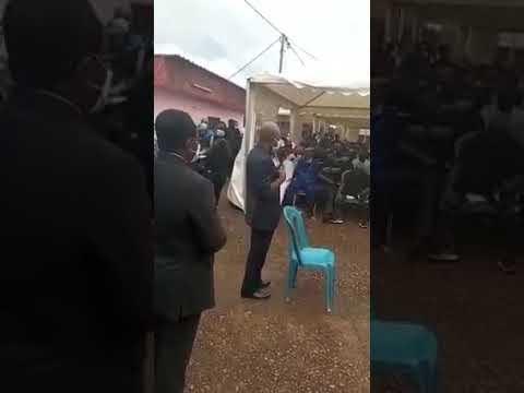 Intalnirea cu omul alb in Gabon
