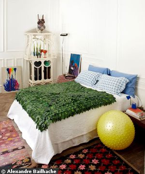 A guest room colorful and unique