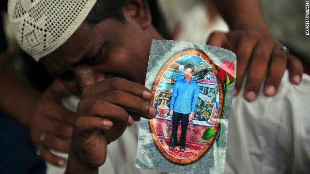 Karachi factory blaze kills 289