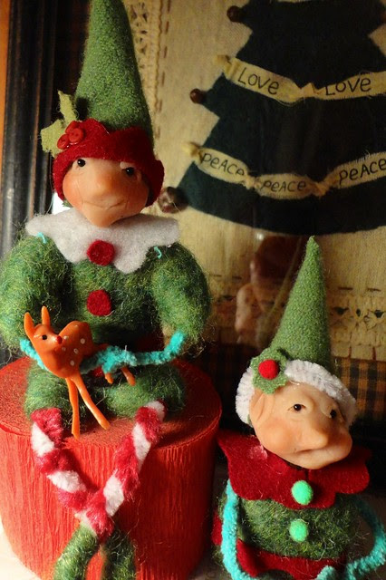 1st elves of the year..