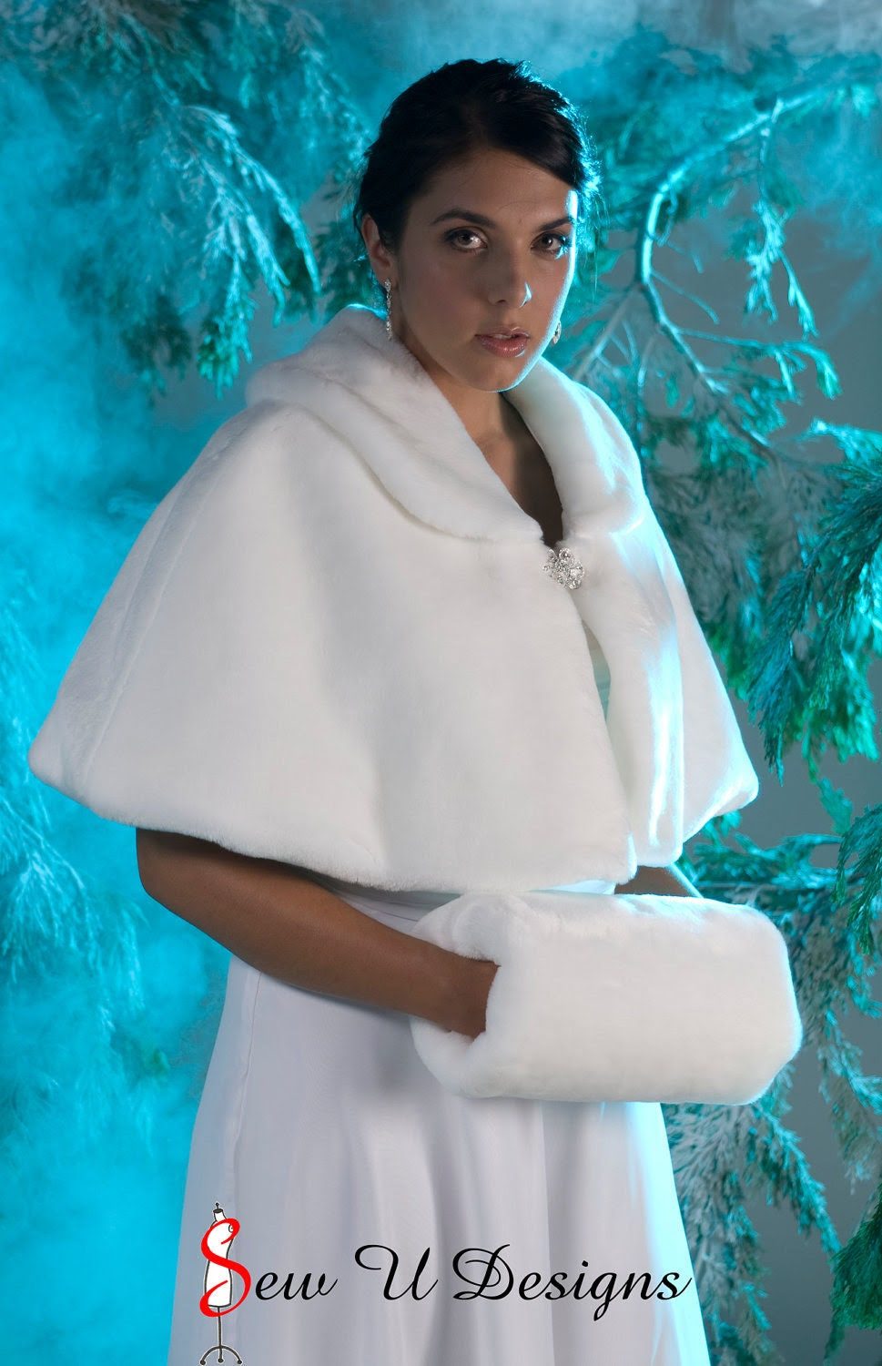 Faux fur capelet with matching muff White Winter wedding cape capelette regular size handwarmer Available in White or Black faux fur beaver
