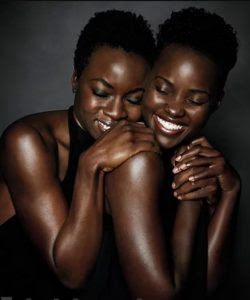 As atrizes Danai Gurira e Lupita Nyong'o da revista Enterneinment