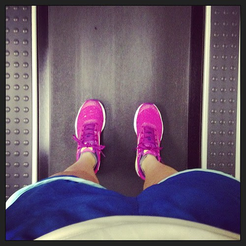 Storms not stopping. Treadmill run it is. At least I have my bright @mizunorunning #wavesayonara to make things better.