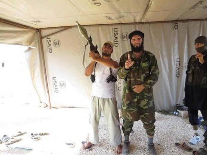 Οἱ πράκτορες ἁλωνίζουν ἐλεύθερα στὴν Συρία...15