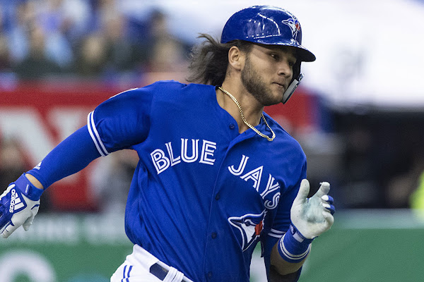 8edf6b5c141 Blue Jays prospect Bo Bichette breaks hand after getting hit by pitch