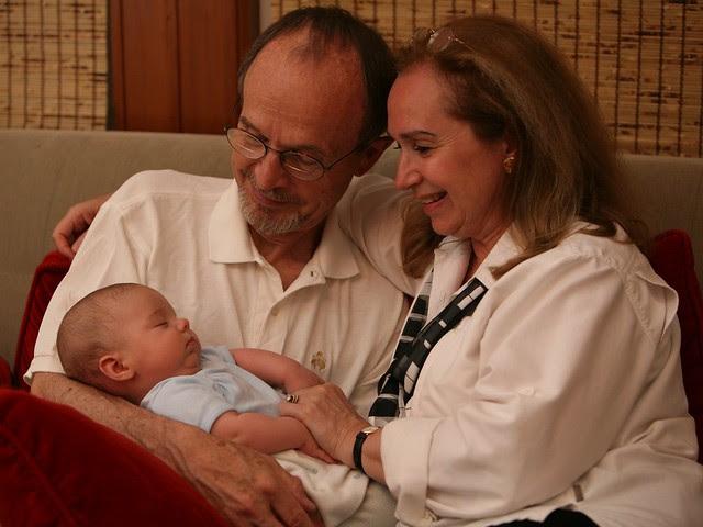 Bambini: Meglio al Nido o con i Nonni?