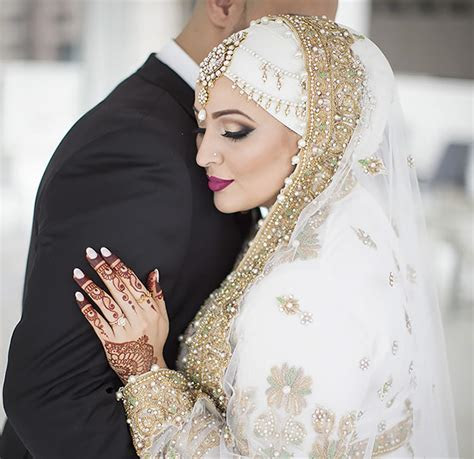 10 Traditional Islamic Hijab Wedding Dresses   DeMilked