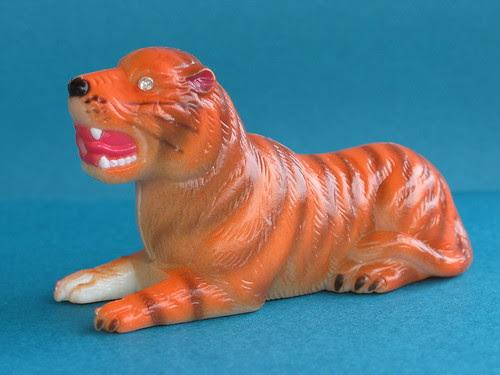 Multi-functional laser tiger, side