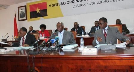 Comité Central do MPLA aprova convocatória do V Congresso Extraordinário
